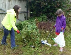 Children collecting litter